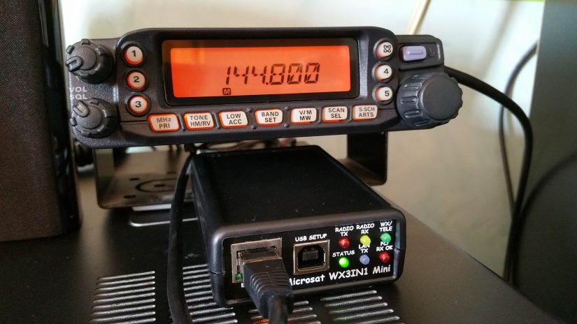 IZ0HCC Solar APRS Digipeater and IGATE